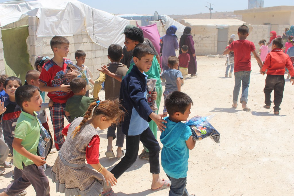 2017May IdlibD DV P3SchoolClothD CampSadeeqAltefl IMG_2993